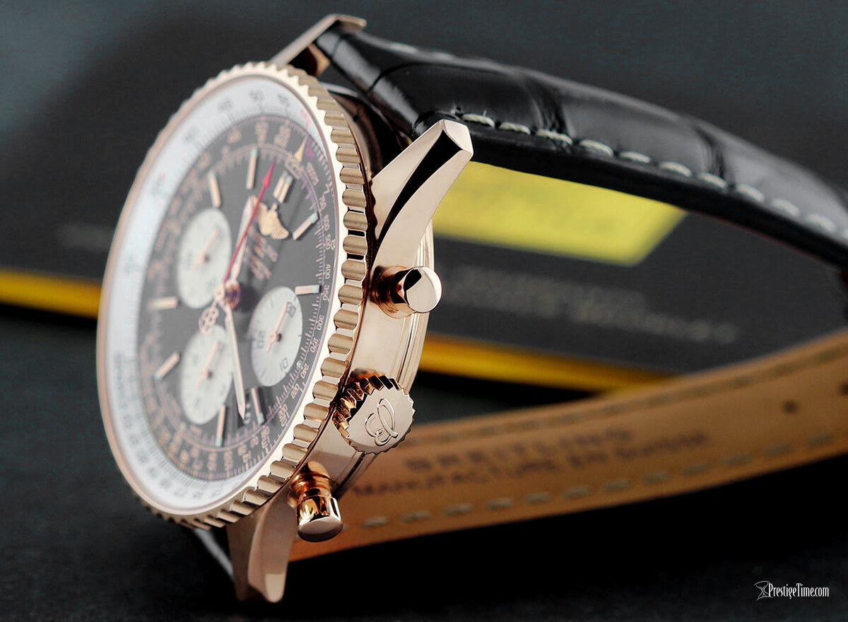 Breitling Navitimer 1 43mm B01 Solid Crown and Pushers