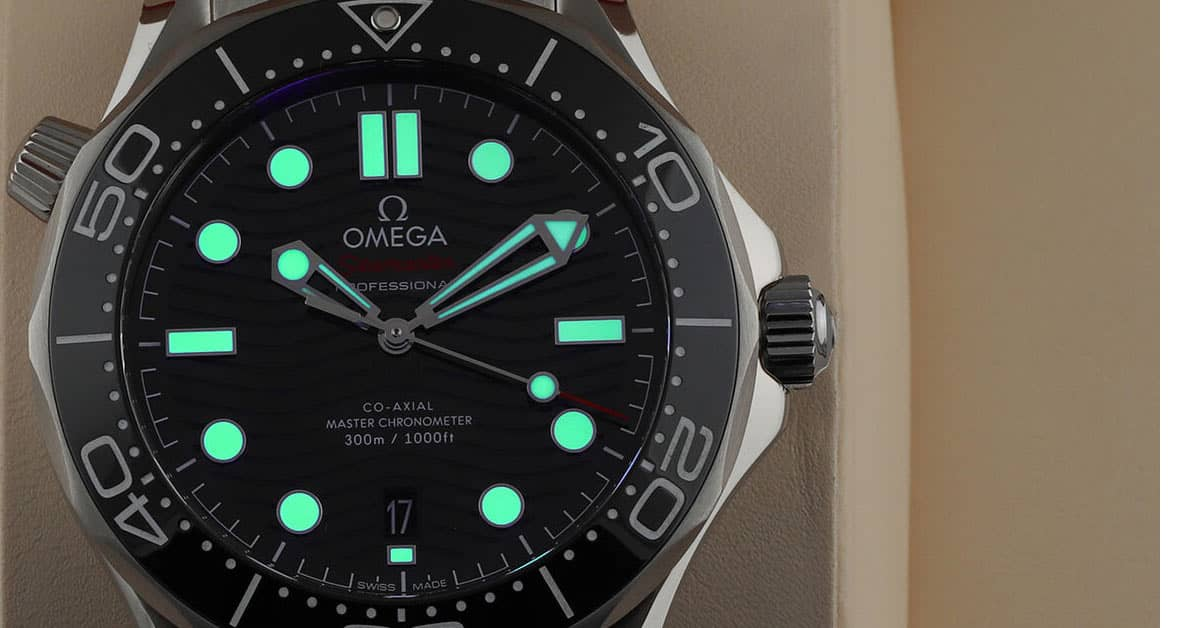 Omega Seamaster Diver 300m Co Axial Master Chronometer Luminous Material