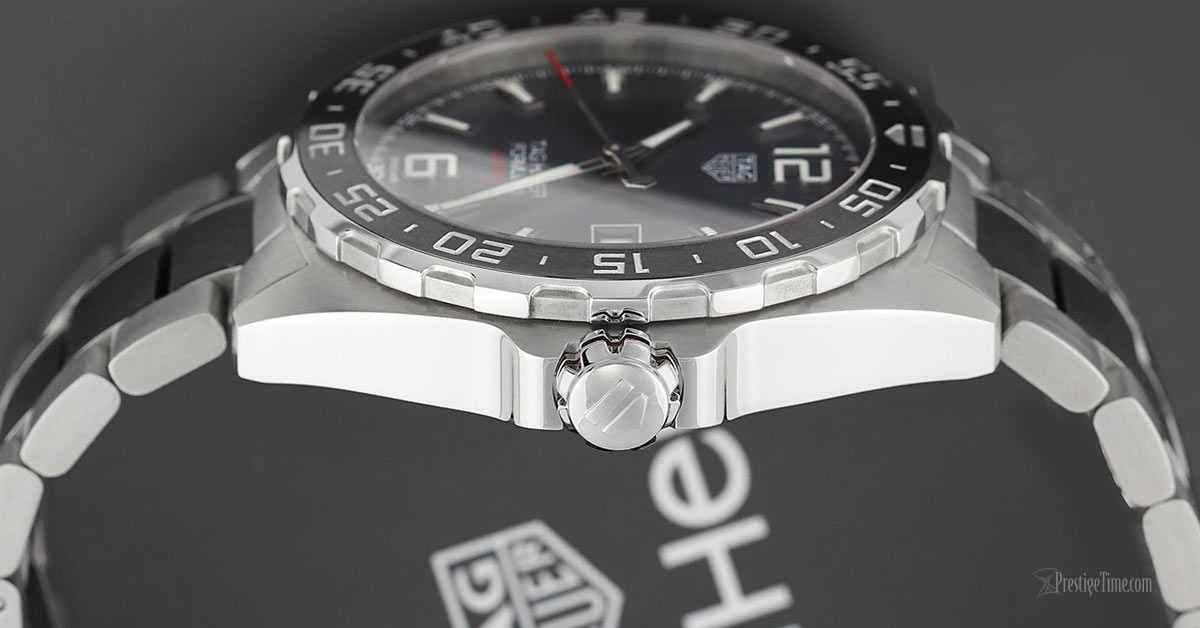 Tag Heuer Formula 1 Automatic 43mm Review Crown Bezel