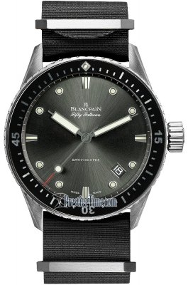 Blancpain Fifty Fathoms Bathyscaphe Automatic 43mm 5000-1110-NABA