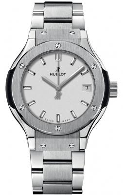 Hublot Classic Fusion Quartz Titanium 33mm 581.nx.2611.nx
