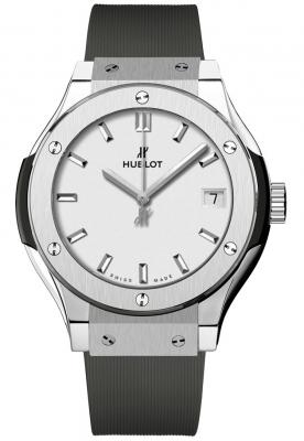Hublot Classic Fusion Quartz Titanium 33mm 581.nx.2611.rx