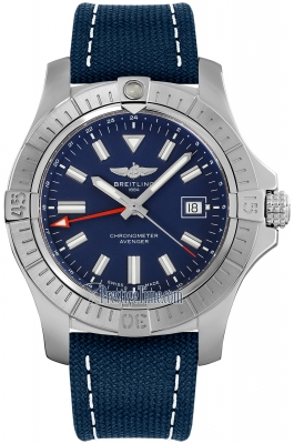 Breitling Avenger Automatic GMT 45 a32395101c1x1