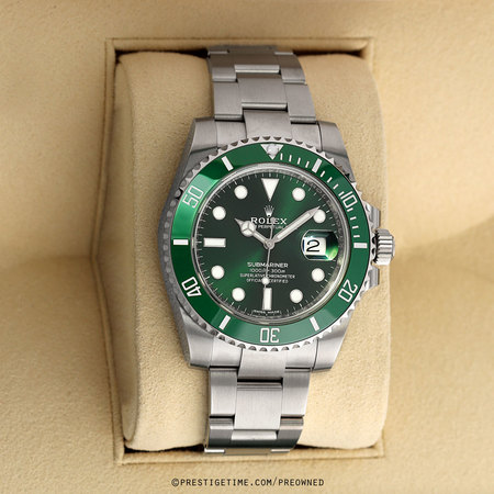 Pre-owned Rolex Submariner Date HULK 116610LV