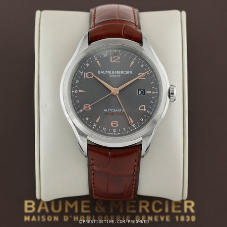 Pre-owned Baume & Mercier Clifton Automatic Dual Time 43mm 10111